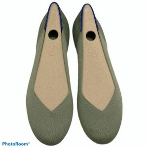 Rothy's Thyme Flats Size 7 BRAND NEW IN BOX!